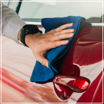 polishing red car